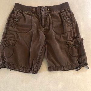 Brown cargo shorts. Size 10